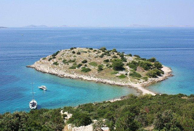 chorvatský ostrůvek.jpg