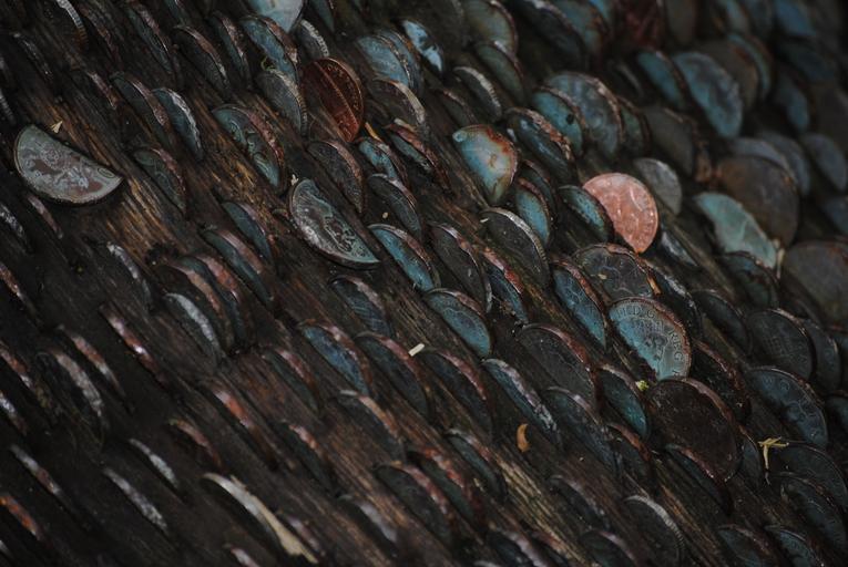 zastrkané mince