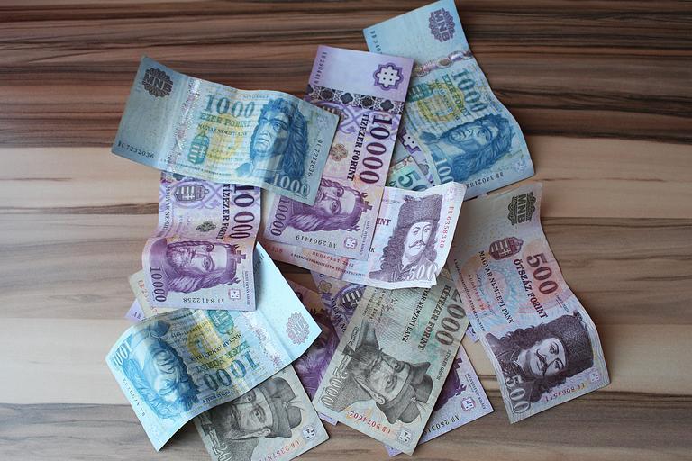 bankovky forinty
