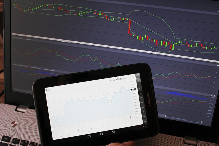grafy na monitoru